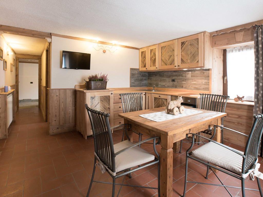 Apartment Rododendro - Wohnzimmer Kochnische